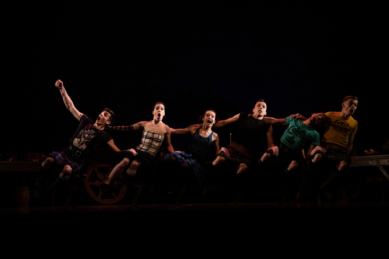 THEATRE Kyiv Modern Ballet. In pivo veritas. Девять побачень-4