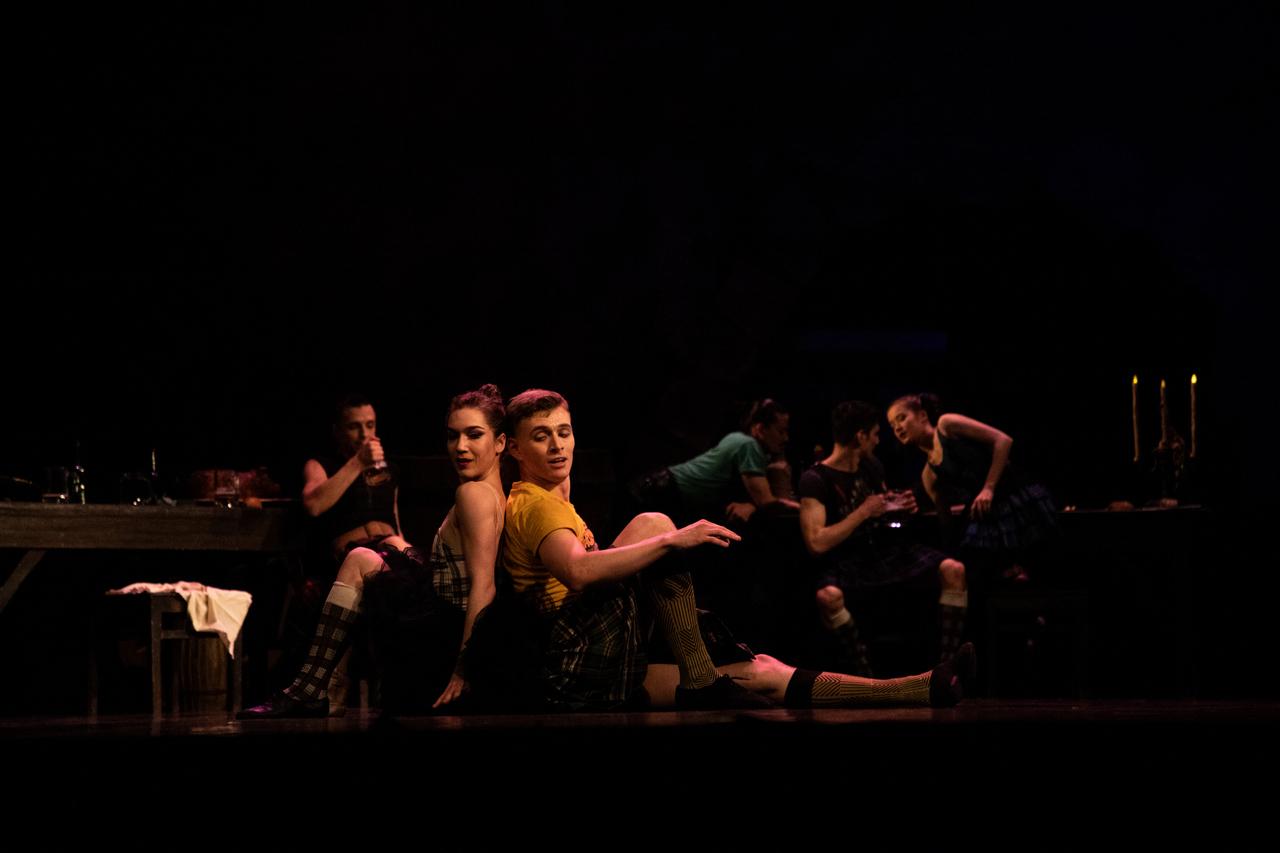 THEATRE Kyiv Modern Ballet. In pivo veritas. Девять побачень-8