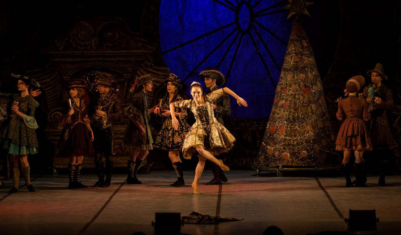 ТЕАТР Kyiv Modern Ballet. Щелкунчик. Раду Поклитару-1