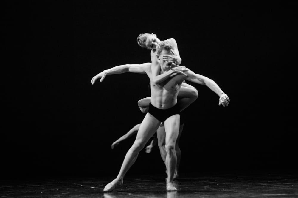 ТЕАТР Kyiv Modern Ballet. Ближе, чем любовь, 1984. Другая-8