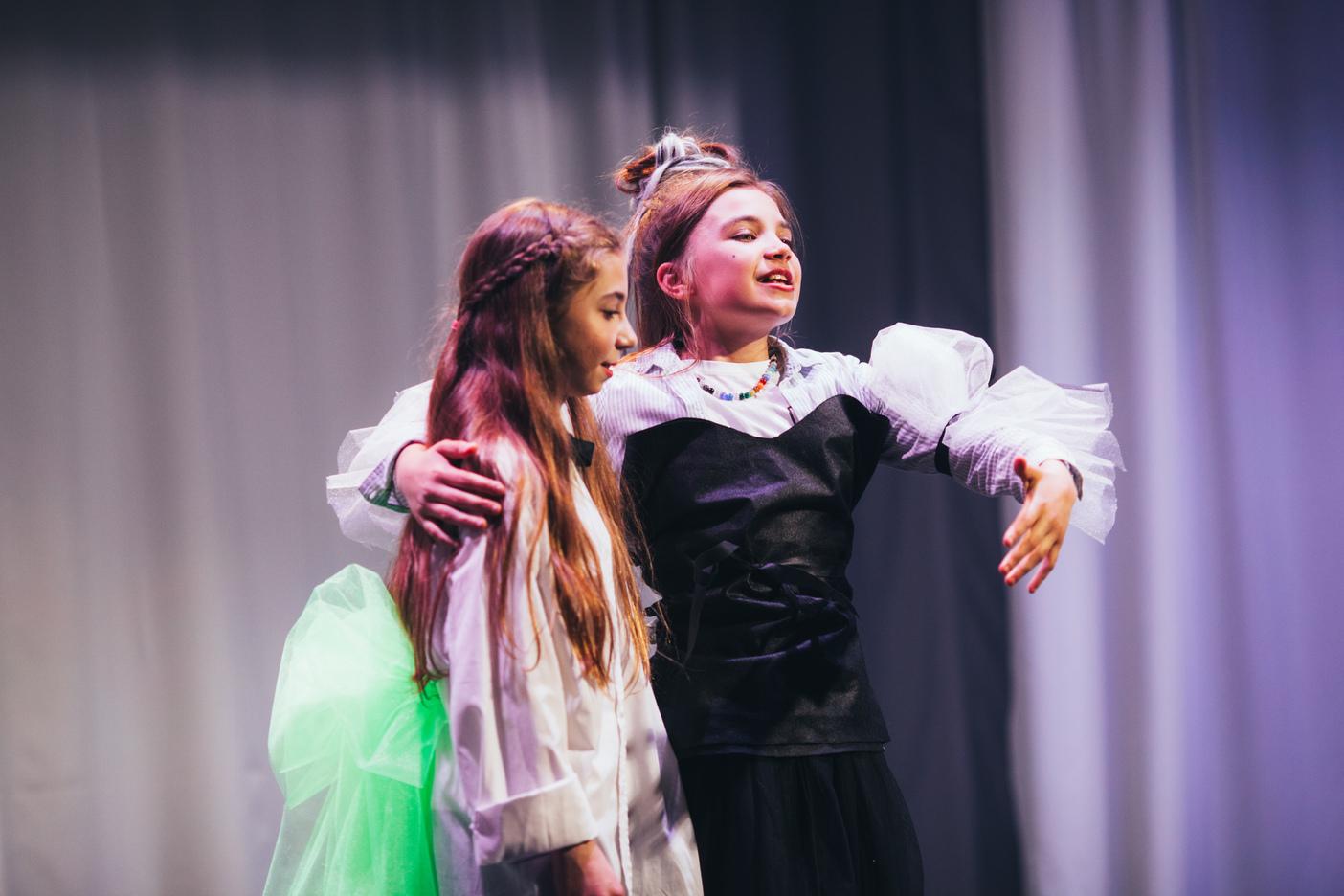 ТЕАТР Ромео и Джульетта. Счастливые-6